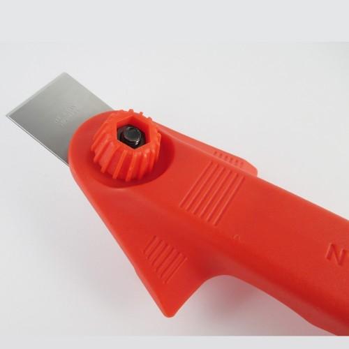 Razuitor manual cu lama INOX 28mm -NT Cutter